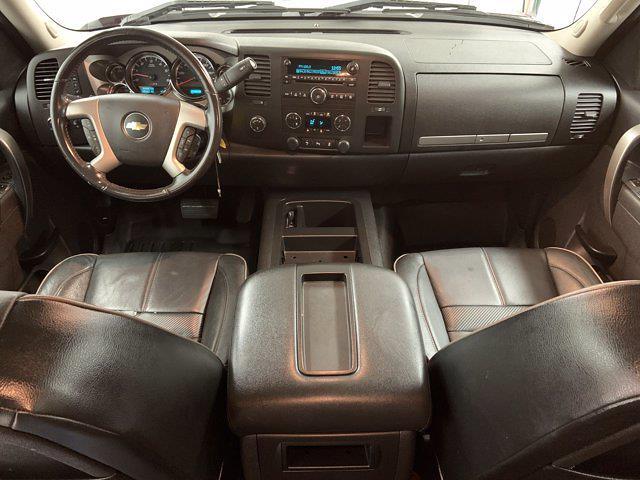 2013 Chevrolet Silverado 1500 Crew Cab 4x4, Pickup #W5426A - photo 5