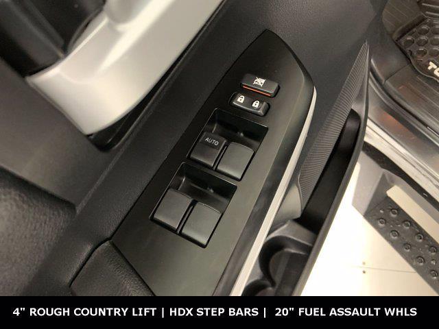 2019 Toyota Tundra Crew Cab 4x4, Pickup #W5761 - photo 10