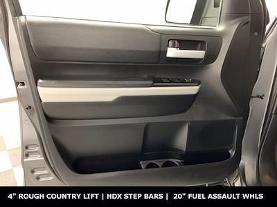 2019 Toyota Tundra Crew Cab 4x4, Pickup #W5761 - photo 9