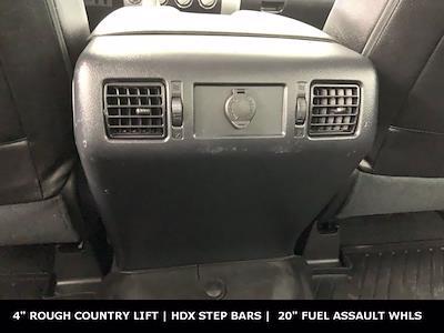 2019 Toyota Tundra Crew Cab 4x4, Pickup #W5761 - photo 14