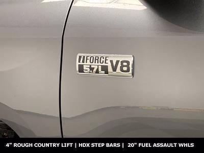 2019 Toyota Tundra Crew Cab 4x4, Pickup #W5761 - photo 32