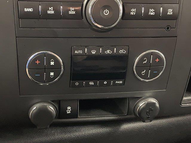 2012 Chevrolet Silverado 1500 Crew Cab 4x4, Pickup #W5947 - photo 18