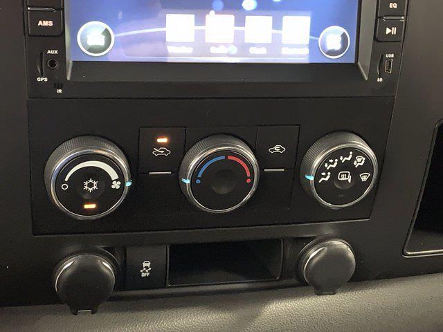 2012 Chevrolet Silverado 1500 Extended Cab 4x4, Pickup #W5954A - photo 18