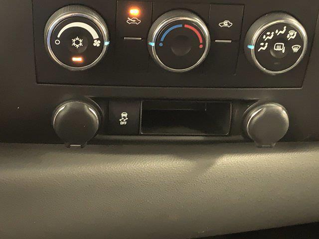 2012 Chevrolet Silverado 1500 Extended Cab 4x4, Pickup #W5954A - photo 19