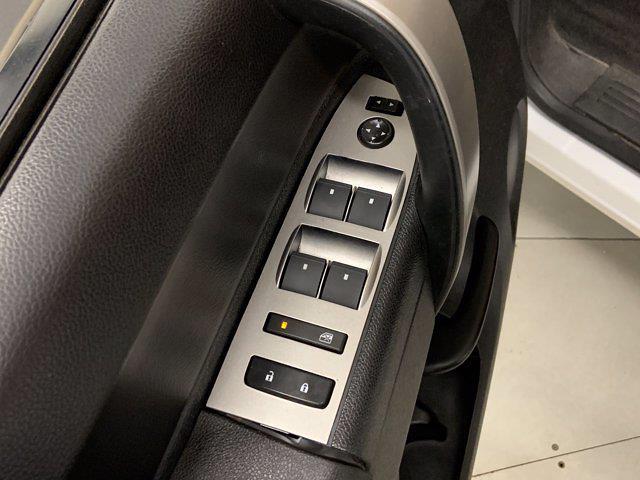 2012 Chevrolet Silverado 1500 Extended Cab 4x4, Pickup #W5954A - photo 8