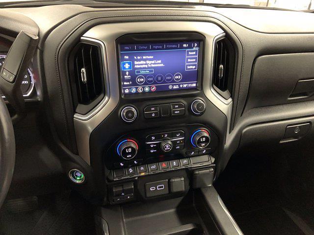 2020 Chevrolet Silverado 1500 Crew Cab 4x4, Pickup #W6294 - photo 17
