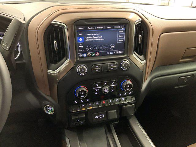 2020 Chevrolet Silverado 1500 Crew Cab 4x4, Pickup #W6298 - photo 20