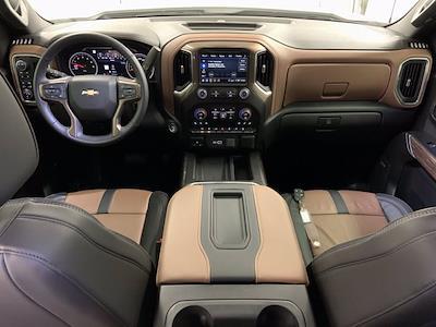 2020 Chevrolet Silverado 1500 Crew Cab 4x4, Pickup #W6298 - photo 5