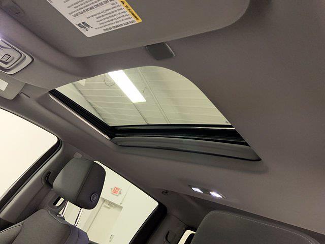 2019 Chevrolet Silverado 1500 Crew Cab 4x4, Pickup #W6307 - photo 7
