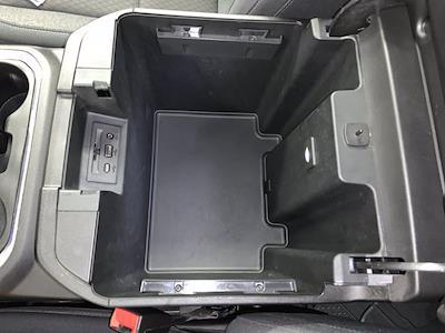 2019 Chevrolet Silverado 1500 Crew Cab 4x4, Pickup #W6307 - photo 28