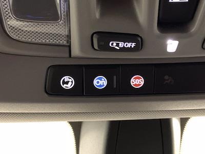 2019 Chevrolet Silverado 1500 Crew Cab 4x4, Pickup #W6307 - photo 30