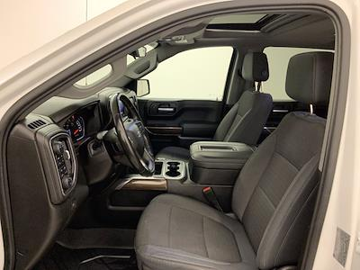 2019 Chevrolet Silverado 1500 Crew Cab 4x4, Pickup #W6307 - photo 4