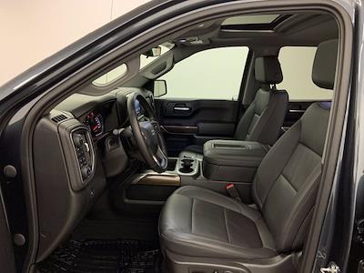 2021 Chevrolet Silverado 1500 Crew Cab 4x4, Pickup #W6340 - photo 4
