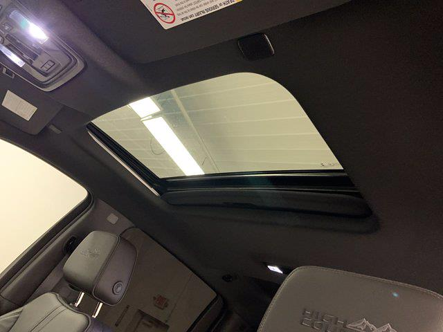 2020 Chevrolet Silverado 2500 Crew Cab 4x4, Pickup #W6356 - photo 8