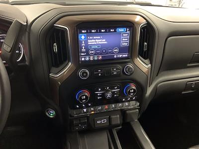 2020 Chevrolet Silverado 2500 Crew Cab 4x4, Pickup #W6356 - photo 20