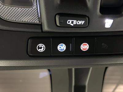 2020 Chevrolet Silverado 2500 Crew Cab 4x4, Pickup #W6356 - photo 32
