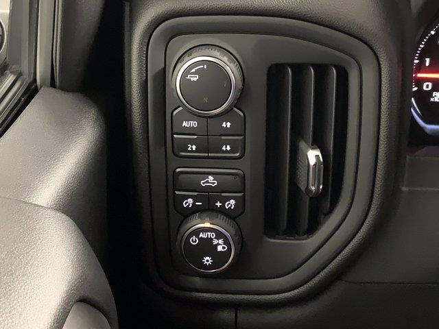 2021 Chevrolet Silverado 1500 Crew Cab 4x4, Pickup #W6357 - photo 13