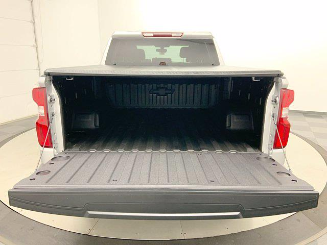 2019 Chevrolet Silverado 1500 Crew Cab 4x4, Pickup #W6436 - photo 30