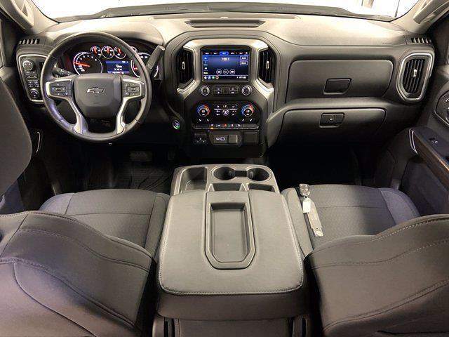 2019 Chevrolet Silverado 1500 Crew Cab 4x4, Pickup #W6436 - photo 5