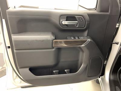 2019 Chevrolet Silverado 1500 Crew Cab 4x4, Pickup #W6436 - photo 8