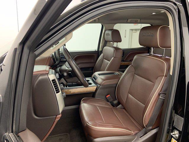 2015 Chevrolet Silverado 3500 Crew Cab 4x4, Pickup #W6477 - photo 11