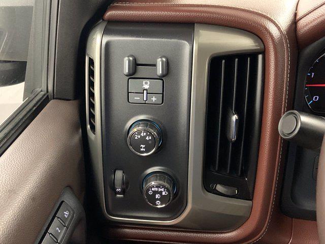 2015 Chevrolet Silverado 3500 Crew Cab 4x4, Pickup #W6477 - photo 18