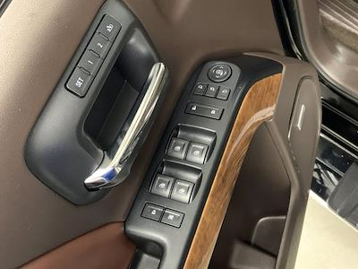2015 Chevrolet Silverado 3500 Crew Cab 4x4, Pickup #W6477 - photo 9