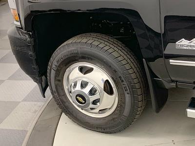 2015 Chevrolet Silverado 3500 Crew Cab 4x4, Pickup #W6477 - photo 34