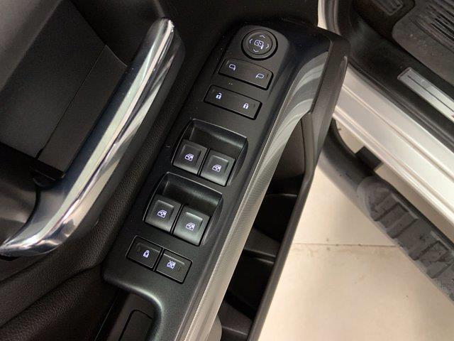 2018 Chevrolet Silverado 1500 Double Cab 4x4, Pickup #W6563 - photo 9