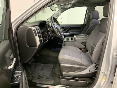 2018 Chevrolet Silverado 1500 Double Cab 4x4, Pickup #W6563 - photo 4
