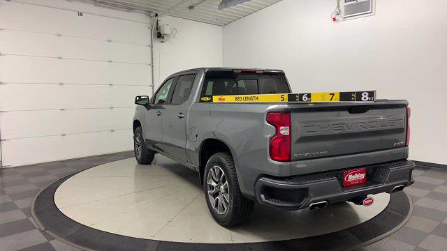 2019 Chevrolet Silverado 1500 Crew Cab 4x4, Pickup #W6581 - photo 3