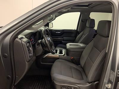 2019 Chevrolet Silverado 1500 Crew Cab 4x4, Pickup #W6581 - photo 4