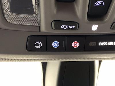 2019 Chevrolet Silverado 1500 Crew Cab 4x4, Pickup #W6581 - photo 31