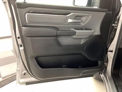 2019 Ram 1500 Crew Cab 4x4, Pickup #W6583 - photo 6