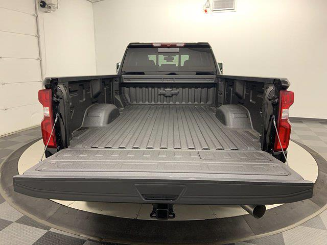 2021 Chevrolet Silverado 3500 Crew Cab 4x4, Pickup #W6606 - photo 35