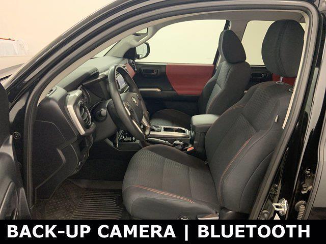 2018 Toyota Tacoma Double Cab 4x4, Pickup #W6611 - photo 4