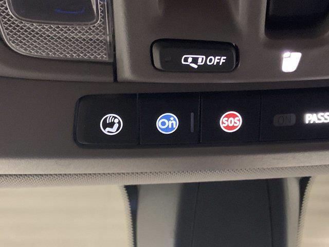 2019 Chevrolet Silverado 1500 Crew Cab 4x4, Pickup #W6624 - photo 29