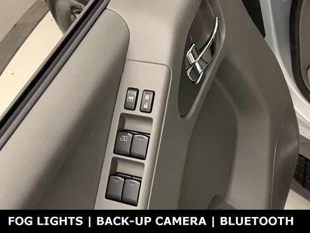 2019 Nissan Frontier Crew Cab 4x4, Pickup #W6666 - photo 8
