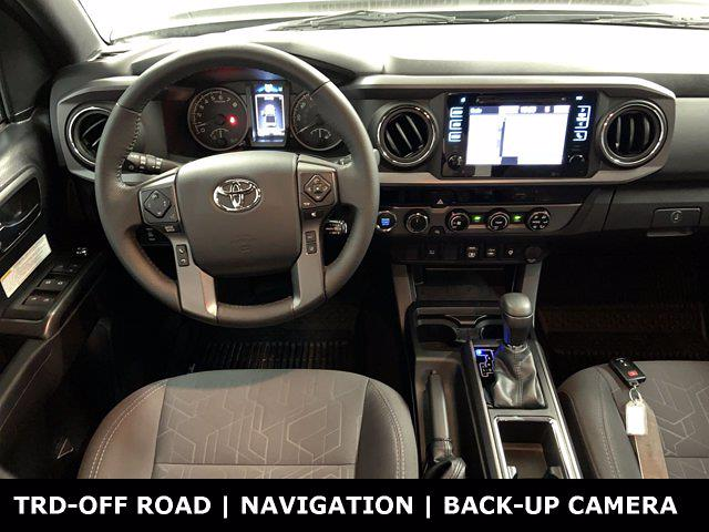 2018 Toyota Tacoma Double Cab 4x4, Pickup #W6672 - photo 12