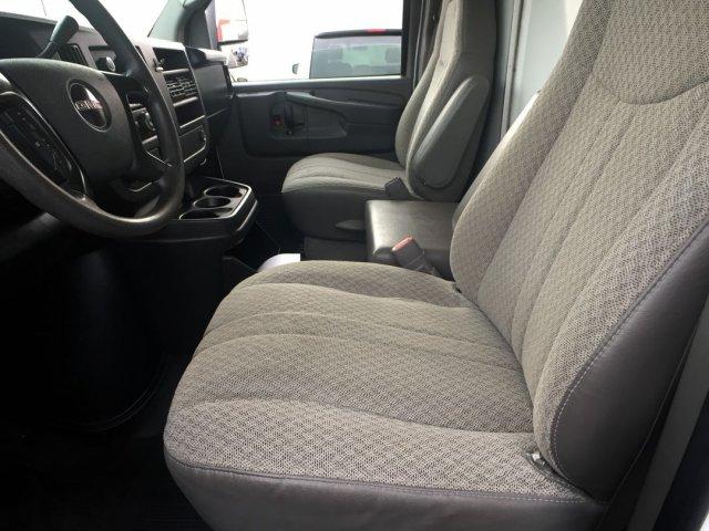 2009 Savana 3500 4x2,  Cutaway Van #16C810A - photo 7