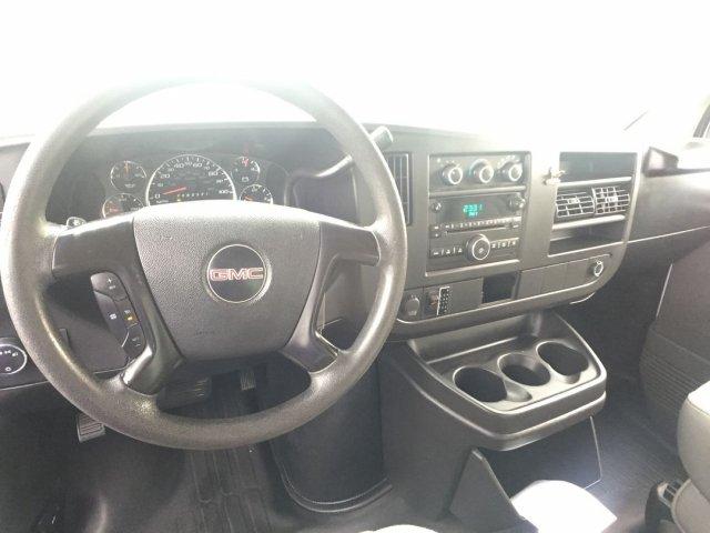 2009 Savana 3500 4x2,  Cutaway Van #16C810A - photo 8