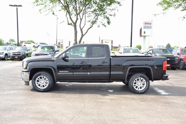 2017 Sierra 1500 Double Cab 4x4, Pickup #17G1022 - photo 3