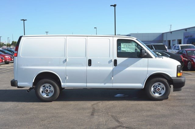 2017 Savana 2500 Cargo Van #17G1074 - photo 7