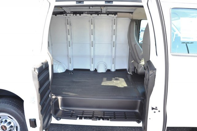 2017 Savana 2500 Cargo Van #17G1074 - photo 13