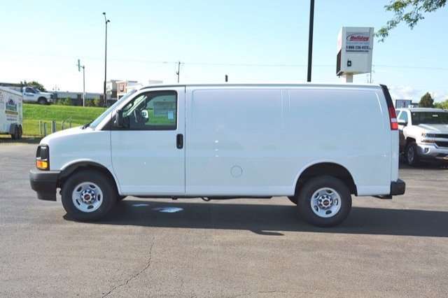 2017 Savana 2500 Cargo Van #17G1074 - photo 3
