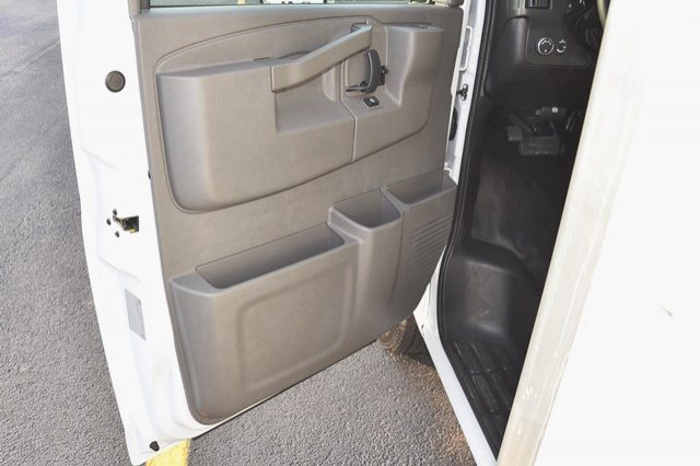 2017 Savana 3500 Service Utility Van #17G1141 - photo 20