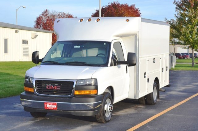 2017 Savana 3500 Service Utility Van #17G1141 - photo 3