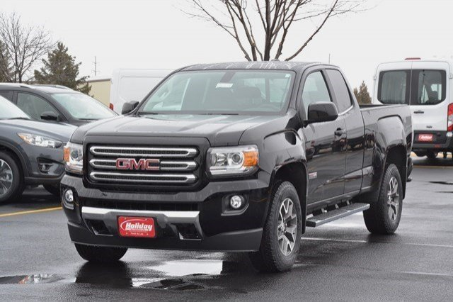 2017 Canyon Double Cab 4x4, Pickup #17G709 - photo 3