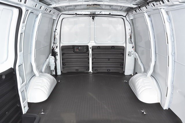 2017 Savana 2500, Cargo Van #17G750 - photo 13