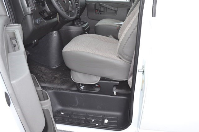 2017 Savana 2500, Cargo Van #17G779 - photo 11
